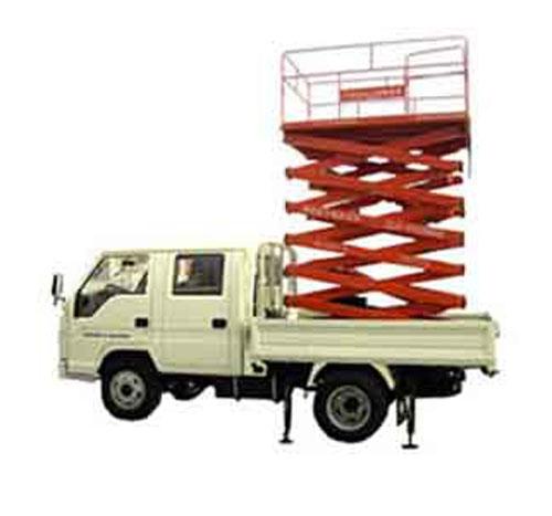 液压升降平台系四轮移动于二轮牵引引于一体,采用汽车,三轮车或电瓶车图片
